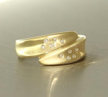Zarter Damenring Goldring 750 Ring Gold 18 kt mit 10 Diamanten Diamantring