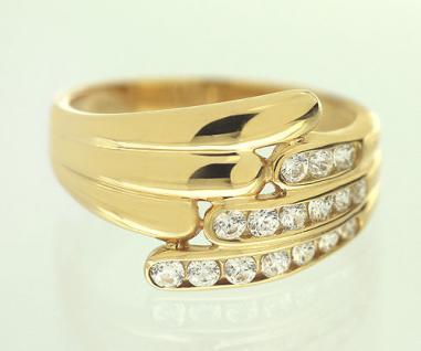 Toller Ring Gold 750 mit Zirkonias - breiter Goldring 18 kt - edler Damenring