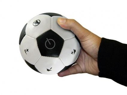 Die coole Fußball Universal Fernbedienung für Fußballfans