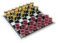 Trink-Schach aus Glas