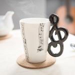 Musik Tasse Notenschlüssel als Henkel