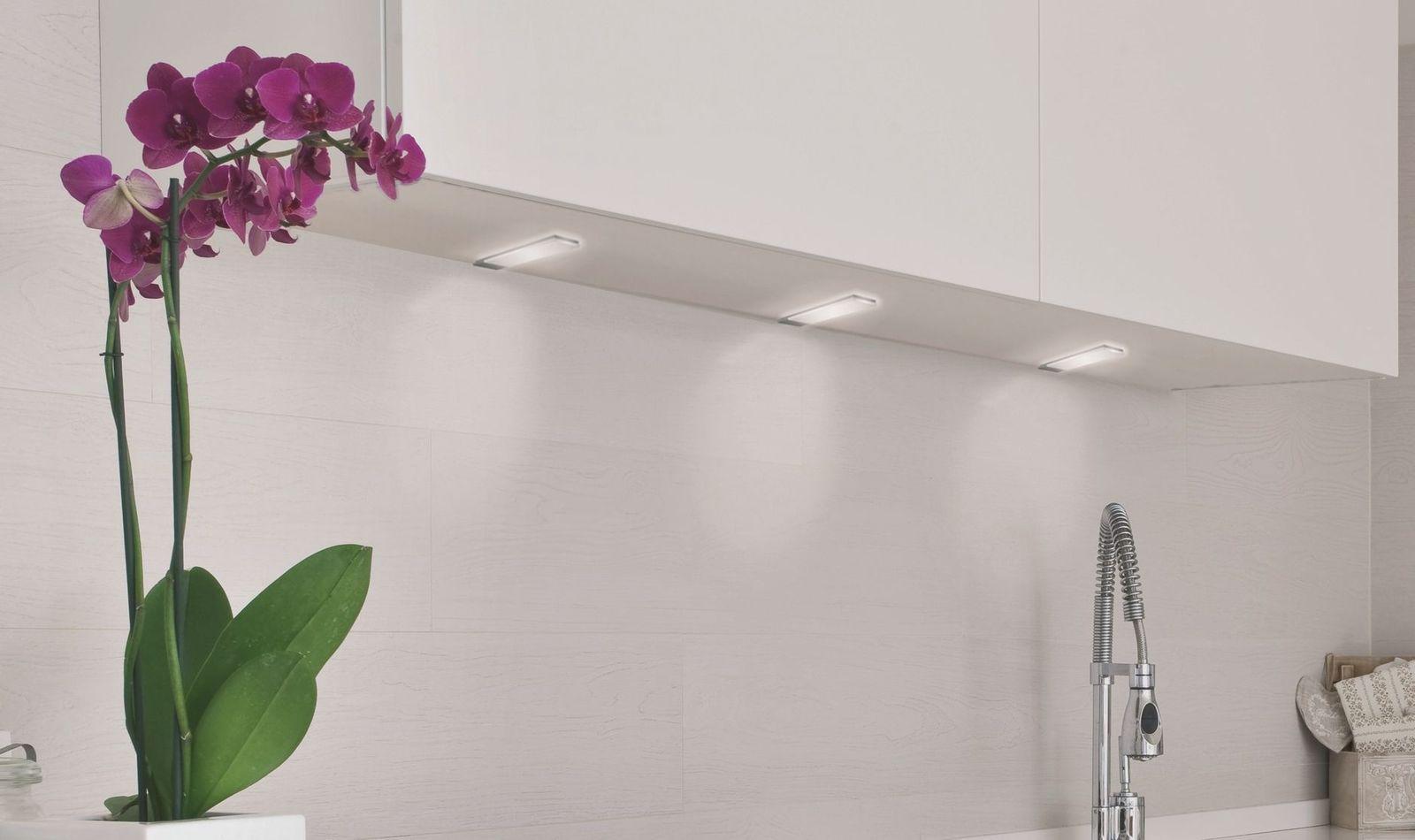 kchenlampe led trendy deckenlampe wandlampe kchenlampe neu design w dimmbar mit led deckenlampe. Black Bedroom Furniture Sets. Home Design Ideas