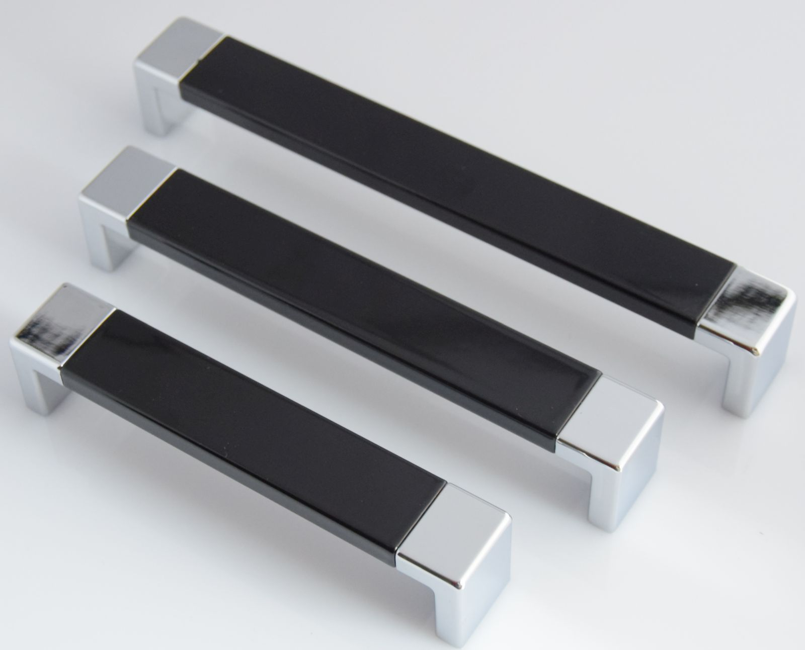 Schrankgriffe ba 128 192 mm t r m belgriffe griffe k che for Schubladengriffe metall