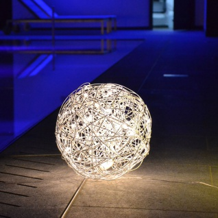s.LUCE Mesh S LED-Drahtkugel Ø 30cm Innen & Aussen Stehlampe