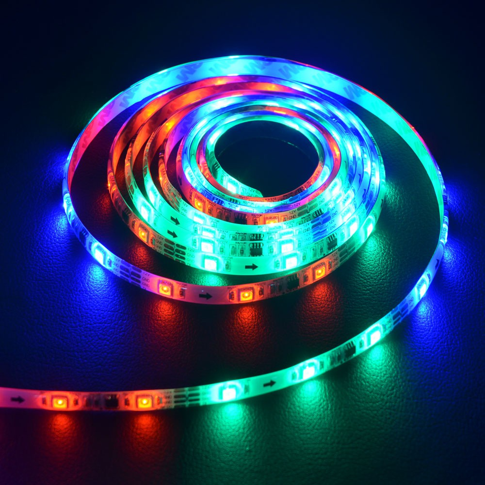 digitaler led strip rgb 5m set 150 leds 30w inkl fernbedienung lichtband kaufen bei. Black Bedroom Furniture Sets. Home Design Ideas