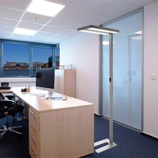 LED Büro Stehleuchte Office Pro 8300lm Dimmbar 4000K Silberfarben