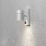 Konstsmide 7541-320 Modena Aussen-Wandleuchte mit Bewegungsmelder galvanisierter Stahl klares Glas Reflektor