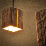 Almleuchten H5 Altholz Hängeleuchte mit Lichtschlitz faszinierende Holzlampe