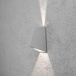 Konstsmide 7928-310 Imola LED Aussen-Wandleuchte mit doppeltem Lichtkegel Grau klares Acrylglas