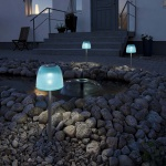 Konstsmide 7105-000 Assisi Qualle LED Solarspieß 56cm Türkises Acrylglas