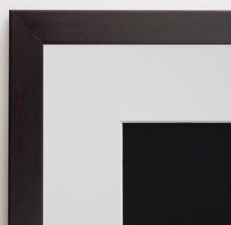Bilderrahmen Neapel in Braun Modern mit Passepartout in Weiss 2, 0 - alle Größen