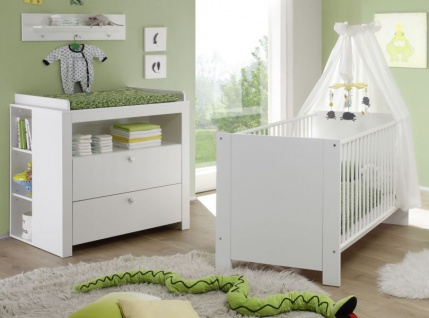 Babyzimmer Olivia in weiß komplett Set 4-teilig mit Babybett Wickelkommode mit Regal und Wandregal