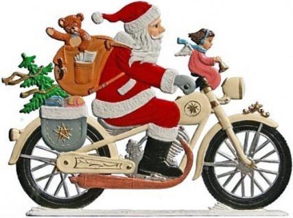 Nikolaus auf Motorrad zum Stellen
