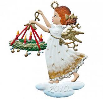 Engel mit Adventskranz 2010