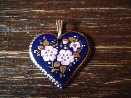 reizender Vintage Herz Anhänger Emaille Emaillemalerei Blüten blau Tracht Dirndl