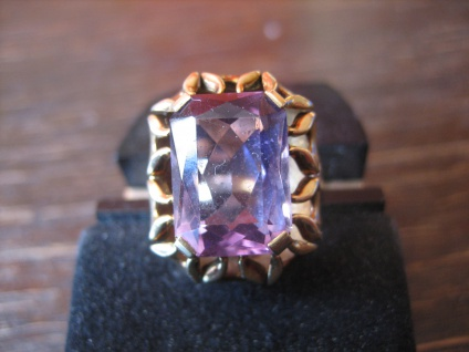 herrlicher Art Deco Amethyst Ring 585er Gold wunderschön gearbeitet Goldschmied