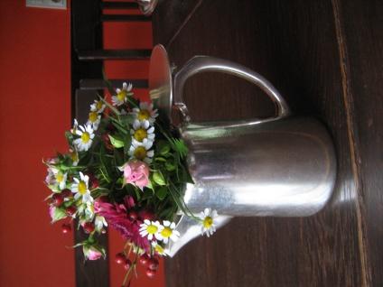 schlichte edle britische Teekanne tolle Blumen Deko als Rosenvase silber plated - Vorschau 1