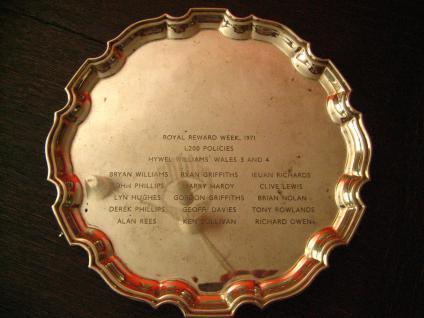 prächtig edles Silbertablett Sherry Tablett rund auf Füssen silber pl England