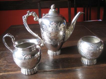 reich verziertes Teeservice 3teilig Teekanne Milchkännchen Zuckertopf silber pl