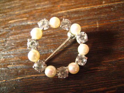 bezaubernde Art Deco Kranz Brosche Perlen Zirkonia 835er Silber signiert - Vorschau 2