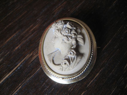 traumhafte sehr seltene Lavagemme Lavakamee Kamee Cameo Brosche 830 Silber gold