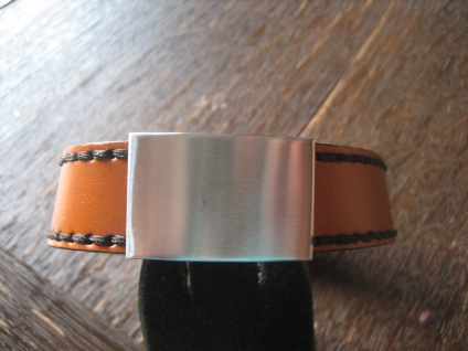 edles Herrenarmband Armband braun Ziernähte Edelstahl gebürstet 2 x 22 cm NEU