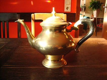 super tolle güldene Jugendstil Teekanne gold Teapot tolle bauchige Aladin Form