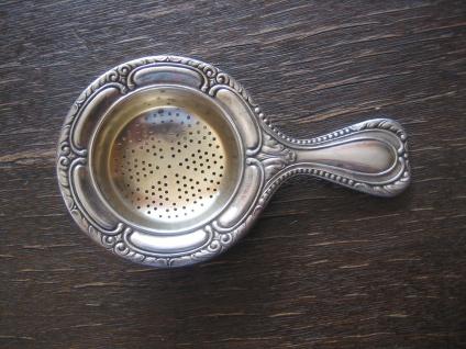 antikes Tassensieb Teesieb versilbert reich verziert sehr gut erhalten praktisch