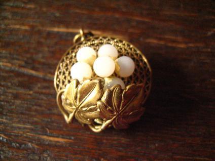 reizende Jugendstil Brosche Anhänger Traube Weinlaub 800er Silber gold Perlen