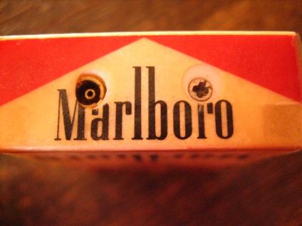 vintage Benzinfeuerzeug Feuerzeug Marlboro winzige Schachtel Werbung Reklame - Vorschau 4