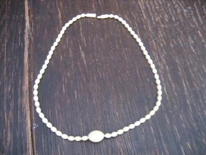 dezente antike Art Deco Bein Collier Kette geschnitzt Perlen Kugeln große Olive