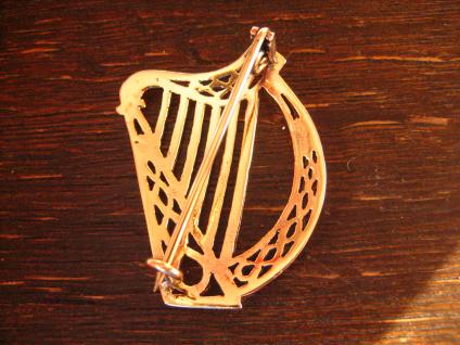 geschmackvolle gold schimmernde Bronze Brosche Harfe Irland Kelten LARP Barde - Vorschau 4