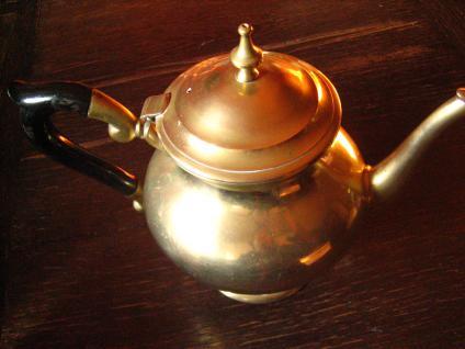 super tolle güldene Jugendstil Teekanne gold Teapot tolle bauchige Aladin Form - Vorschau 3