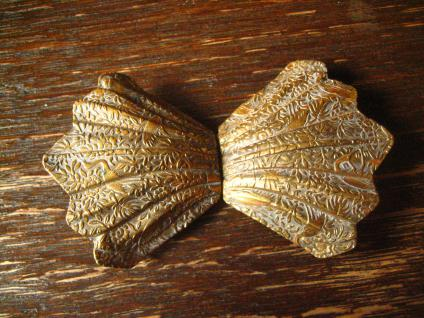 bezaubernde Jugendstil Gürtelschließe Gürtelschnalle mit Chinoisen gold messing - Vorschau 1