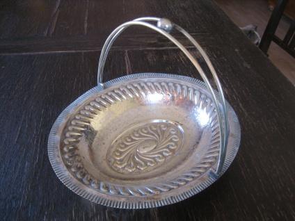 opulent verzierte Schale Anbietschale Obstschale Silberschale Henkelschale