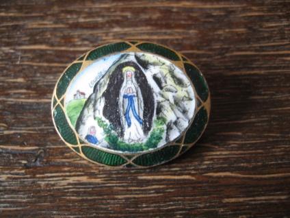 seltene Jugendstil Brosche Emaillemalerei Emaille Madonna Lourdes Höhlenmadonna
