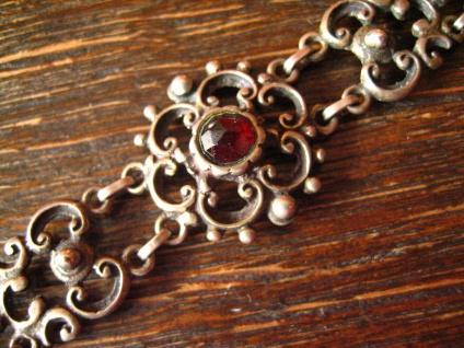 bezauberndes antikes Trachten Granat Armband 835er Silber Dirndl floral verziert - Vorschau 2