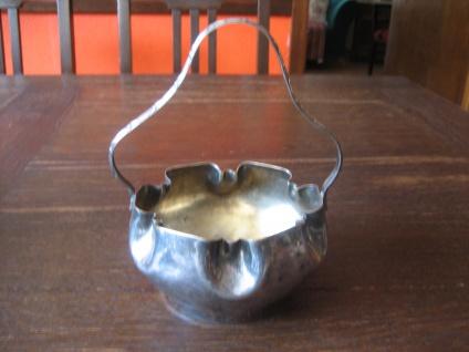 bezaubernde Konfektschale mit Henkel Henkelkörbchen Silberkörbchen silber pl