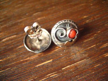 bezaubernd florale Art Deco Ohrringe Stecker 830er Silber rote Koralle Handmade - Vorschau 3