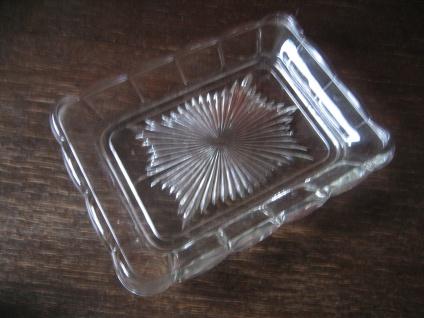 praktische große Art Deco Pressglas Platte mit Stern Muster rechteck 22 x 17 cm