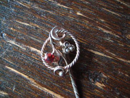 feine Jugendstil Krawattennadel Saatperlen roter Stein 800er Silber Stickpin