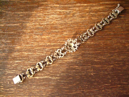bezauberndes antikes Trachten Granat Armband 835er Silber Dirndl floral verziert - Vorschau 3