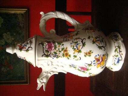 traumhafte riesige antike Kanne mit Blumen Ausguss Adler Vogel Fayence Majolika