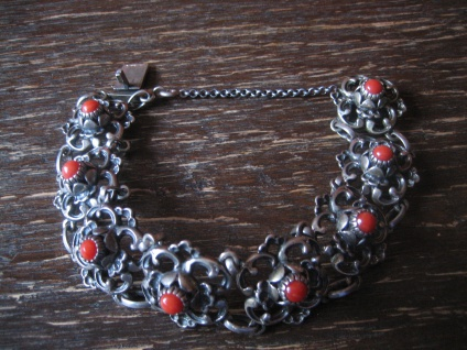 prächtiges Trachtenarmband Trachten Dirndl Armband 835er Silber Rote Koralle