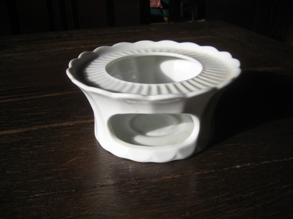 sehr elegantes zeitloses Stövchen Porzellan rein weiß Eschenbach praktisch schön