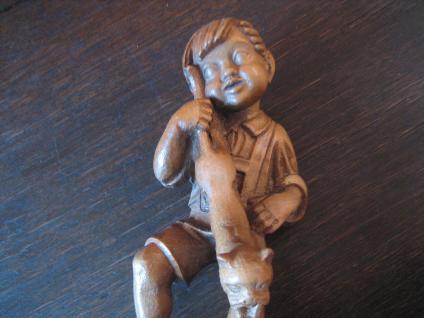 Skulptur Knabe mit Katze Straßenjunge Gassenjunge Holz geschnitzt Kunsthandwerk - Vorschau 4