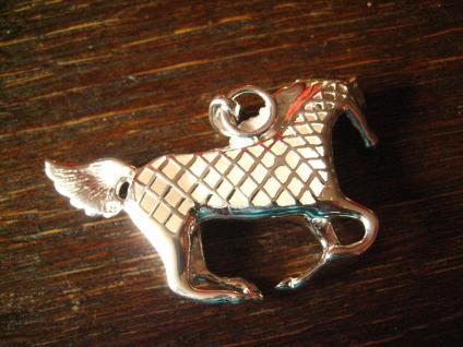 geschmackvoller sehr großer Pferde Anhänger Pferd Hengst Mustang 925er Silber Neu - Vorschau 4