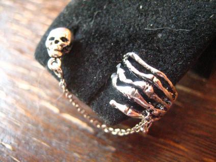 extravagante Gothic Ohrklemme Totenkopf mit Skeletthand 925er Silber et Nox neu - Vorschau 2