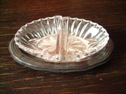 super niedliche Saliere 2teilig Kristall Glas silber Tablett Salztöpfchen Menage