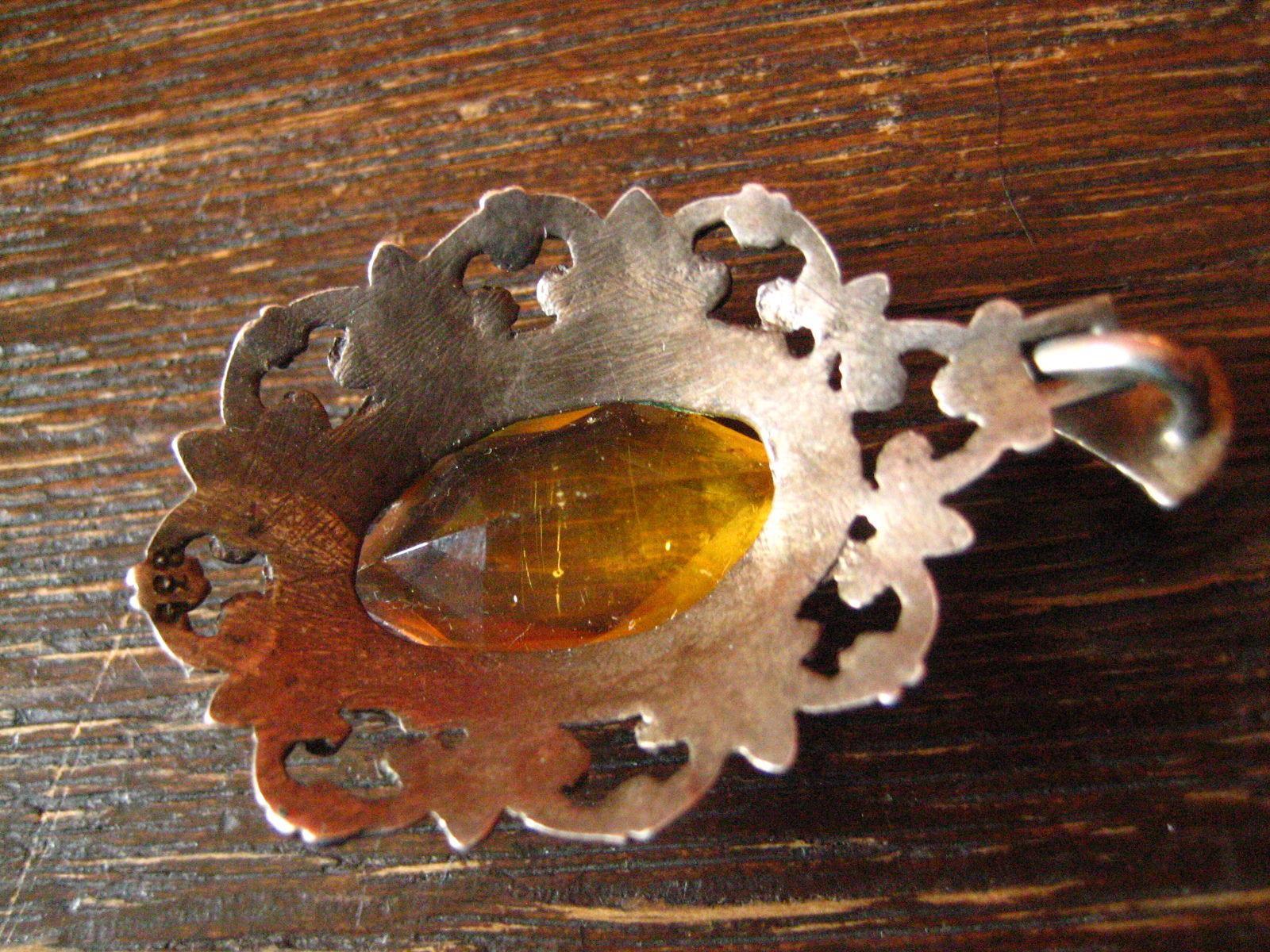 reich-verzierter-art-deco-835er-silber-anhnger-mit-topas-stein-gelb-orange Verwunderlich Reich Werden Mit Silber Dekorationen